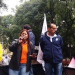 Eunice falou ao lado dos companheiros sindicalistas.